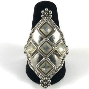 Beautiful Silver Tone Vintage Ring Size 8.5